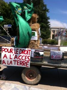 Mobilisation devant le Palais des Nations en juin 2014 à Genève